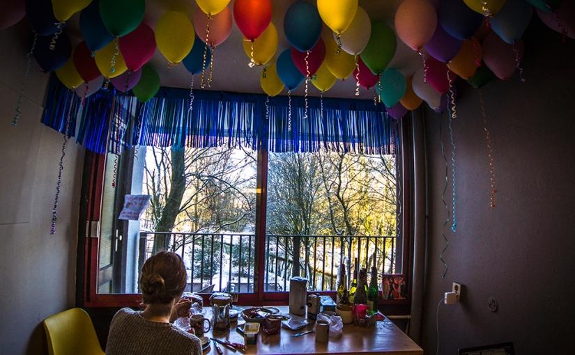 No Christmas tree, but a sky ofballoons