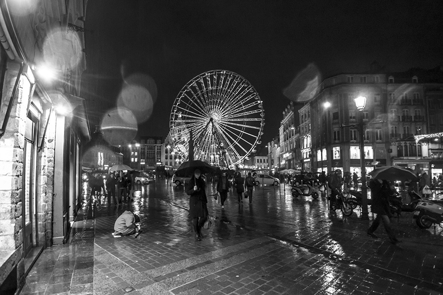 Christmas Lille, france, beggar, tivoli, people