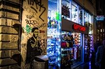 Amsterdam graffiti by night - gift shop