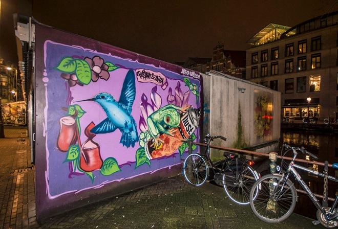 Night graffiti - Amstrdam flower market