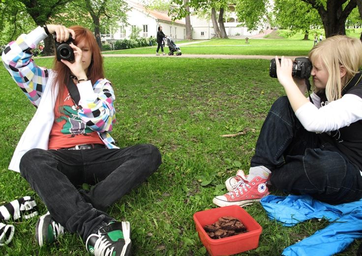 Young photographers on picnic