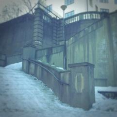Alexader Kiellands Plass icy stairs