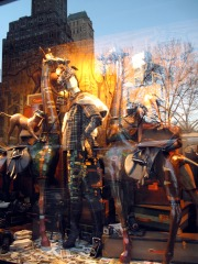 5th avenue shopping window