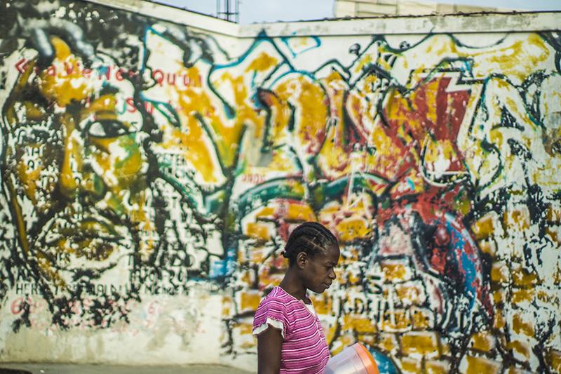 passing graffiti