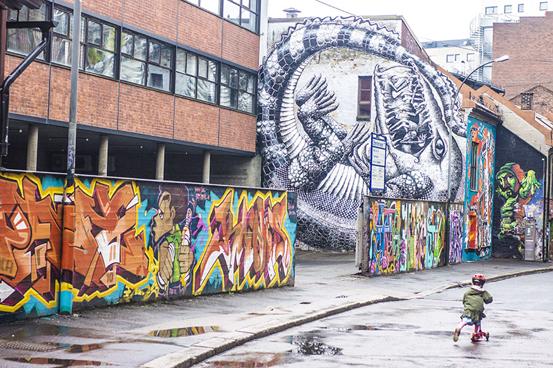 Rainy day in Oslo - graffiti
