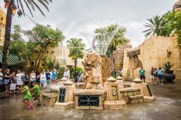 Universal Isles Of Adventure - Magical Fountain