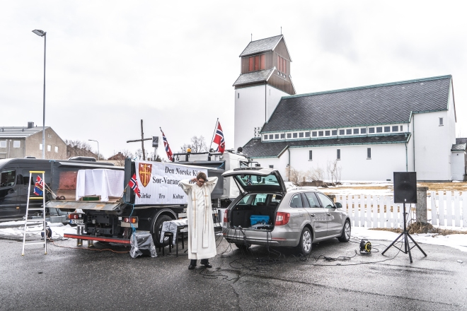 Drive-in church in Kirkenes 1705.2020